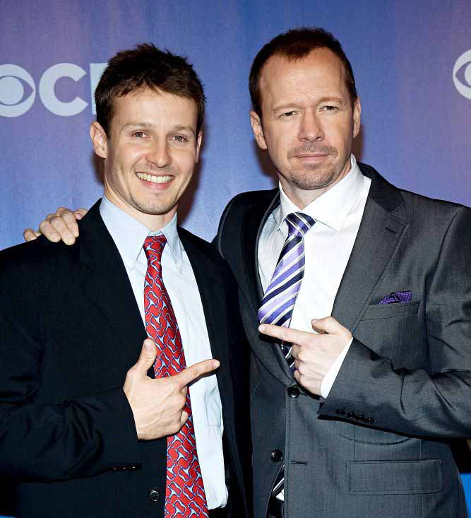 Photo of Donnie Wahlberg and Will Estes together.