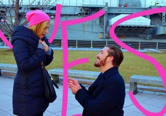 Image of Landon Beard proposing Vanessa Ray.