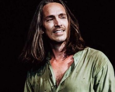 lead singer of the rock band Incubus, Brandon Boyd