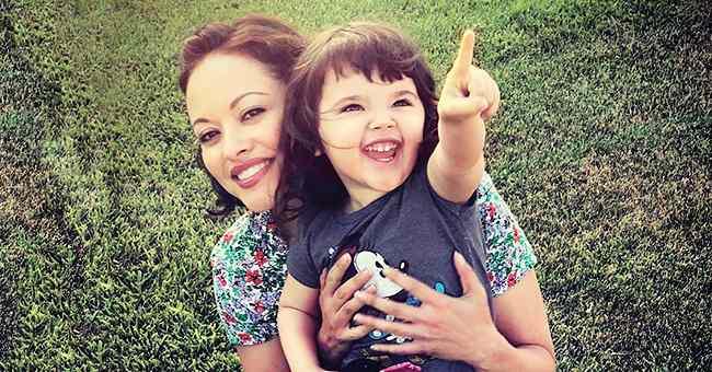Marisa Ramirez with her little daughter, Violet